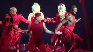 Lady Gaga Dancing In Circles Montreal 11 3 17