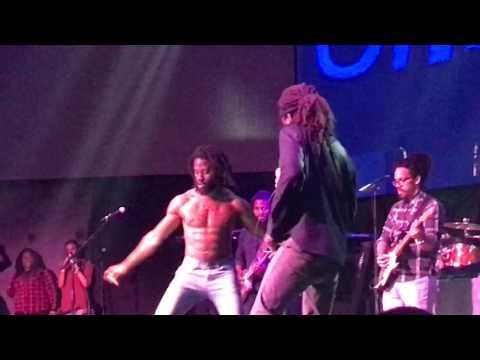 Chronixx-Spirulina +Dance+ Sell My Gun +(Live) Toronto