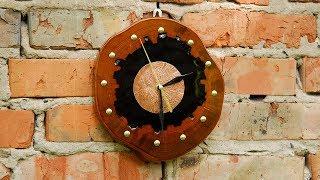 Gambar cover Настенные часы из эпоксидной смолы и дерева