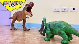 MEGA COLOSSAL T-REX vs. All Dinosaur Toys! Skyheart's battle dinosaurs for kids