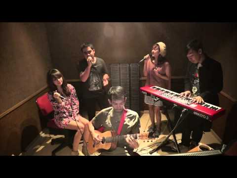Dinda & Abdul (The Coffee Theory) - Just For You (Live Studio)