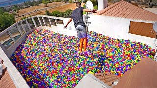 WORLD LARGEST BALL PIT ON OUR ROOF! *100,000 Balls*