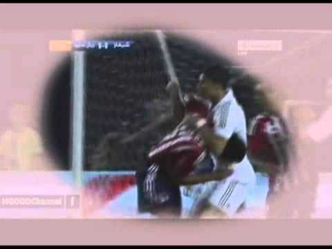Ronaldo dùng võ vật ngã đối thủ