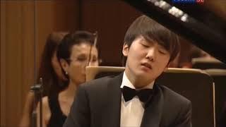 Seong-jin Cho  Rachmaninoff Pi…