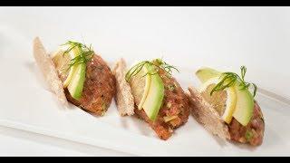 Тартар из лосося с авокадо | Первое, второе, третье
