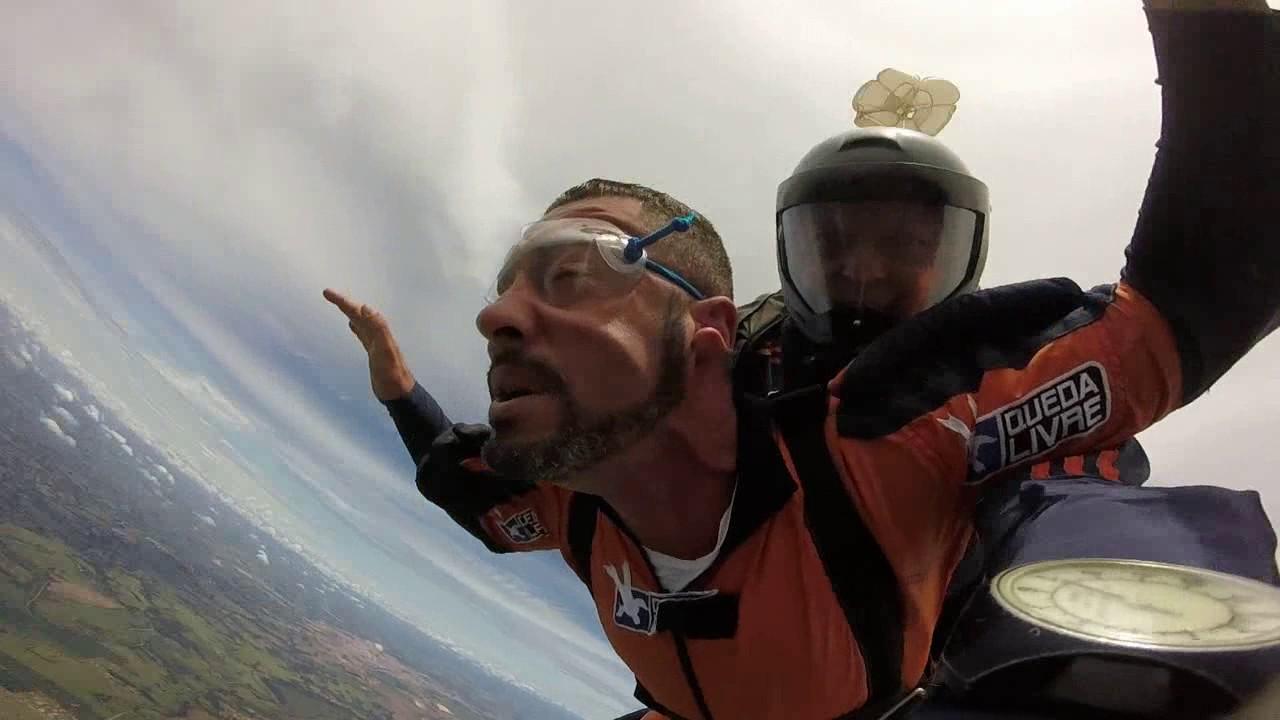 Salto de Paraquedas do Paulo H na Queda Livre Parequedismo 06 01 2017