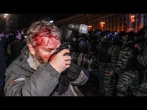 Ukraine police's violent crackdown at pro-EU protest