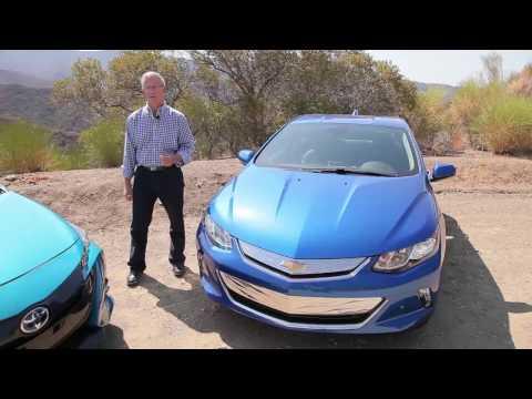 2017 Toyota Prius Prime vs 2017 Chevrolet Volt: plug-in hybrid video test