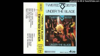 TWISTED SISTER + Under the blade + 09 - Day of the rocker
