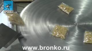 видео: Отводящий транспортер и накопительный стол в работе
