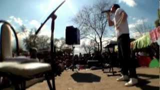 Carli cantando en Villa Serrana , Arguello para el Dia del Niño 2012