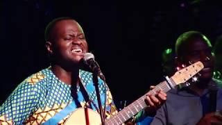 David-Junior D. Ft Henri Papa Mulaja & Gary Kool M. dans TA GRACE ME SUFFIT NGASA