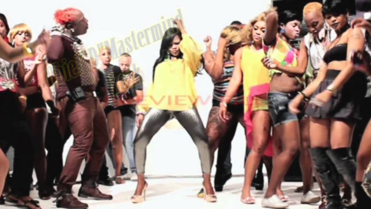 Elephant Man And Lady Saw Si Dung Pon It Official Music Video 2012 Youtube