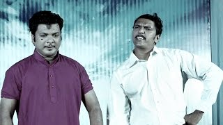 ഒരു ബ്ലാക്ക് ആൻഡ് വൈറ്റ് പ്രേമം | Super Malayalam Comedy Skit | Malayalam Comedy Stage Show 2016