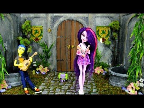 How to Make a Doll School: Courtyard | Plus Custom MLP Flash Sentry