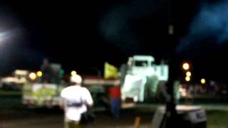 worlds biggest tractor big bud 747 pulling sled in rantoul