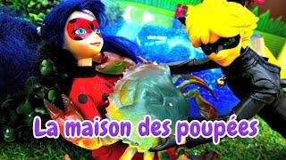 Poupées Barbie et Ladybug à la pêche. Vidéo en français pour enfants