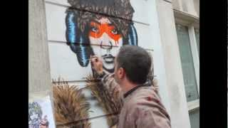 Street Artist Fin DAC painting at Cheshire Street - October 2012