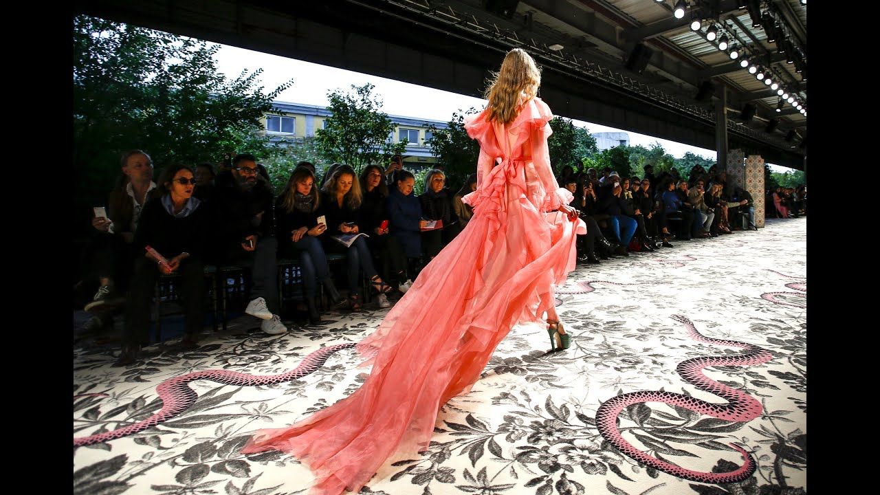 Molto Gucci | Spring Summer 2016 Full Fashion Show | Exclusive - YouTube AK49