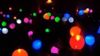 Светящиеся шарики в ночном клубе - купить шары со светодиодом в Киеве(, 2014-03-27T15:11:45.000Z)