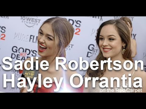 GOD'S NOT DEAD 2 Red Carpet, feat: Sadie Robertson & Hayley Orrantia