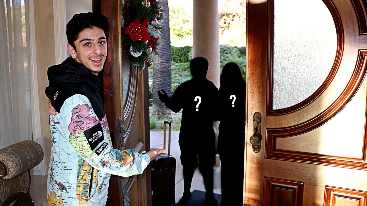Guess Who S Moving Into My House New Roommates Faze Rug Youtube