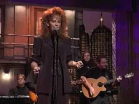 Reba McEntire – And Still (Live)