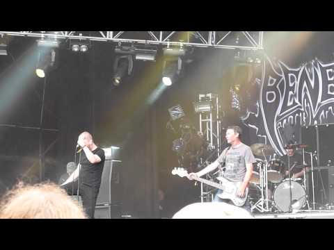 BENEDICTION '' The Grotesque/Suffering Feeds Me '' Live@ BLOODSTOCK 2012 (HD)