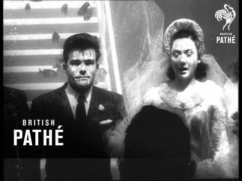 Selected Originals - Sea News - Underwater Wedding (1954)
