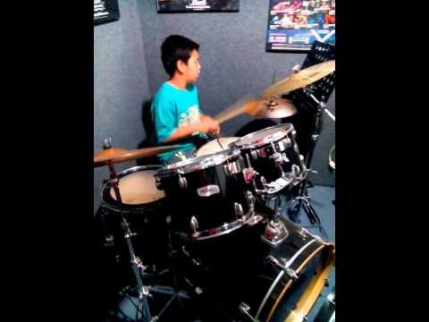 Buka semangat baru Marvel drum cover .mp4