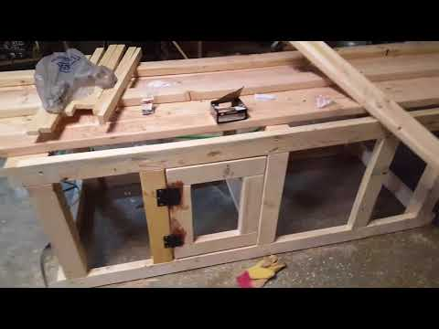 Building A Handmade Dual Dog Kennel Crate!