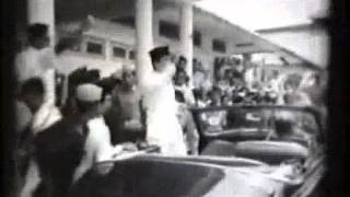 Indonesian Patriotic Song-Bhinneka Tunggal Ika [With English Subtitle!!!]