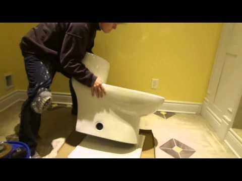 Nouvelle installation de toilette à partir d'un plomb de toilette