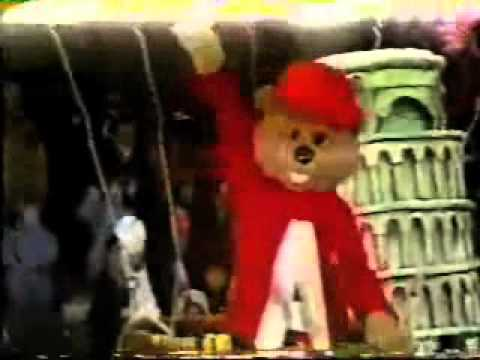 The Chipmunks & The Chipettes: Macy's Parade 1986