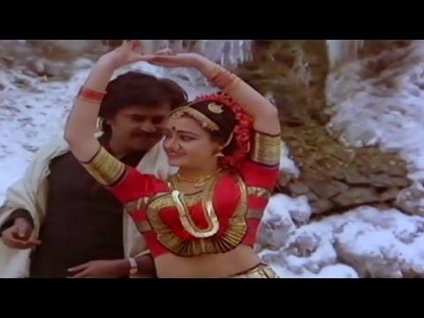 Velaikaran Movie Song | Va Va Va Kanna | Rajinikanth & Amala | Mano & Chithra