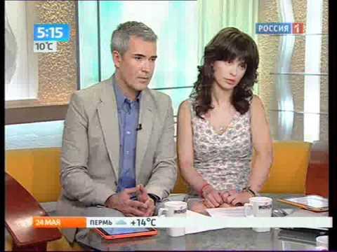 Апскирт у ведущих на ТВ девушки  ВИДЕО онлайн