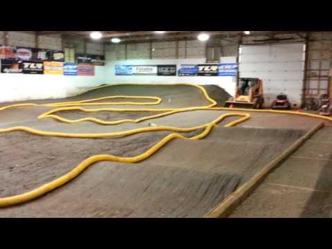TLR 22-4 Leisure Hours Raceway Joliet Illinois 2014