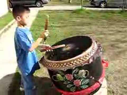 Tai drumming