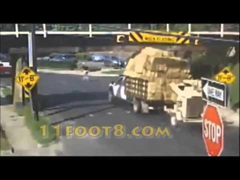 Tổng hợp những tai nạn xe container lạnh người, kinh hoàng thế giới   YouTube