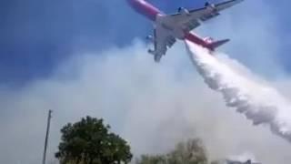 El SuperTanker trabajando contra los Incendios en Chile.