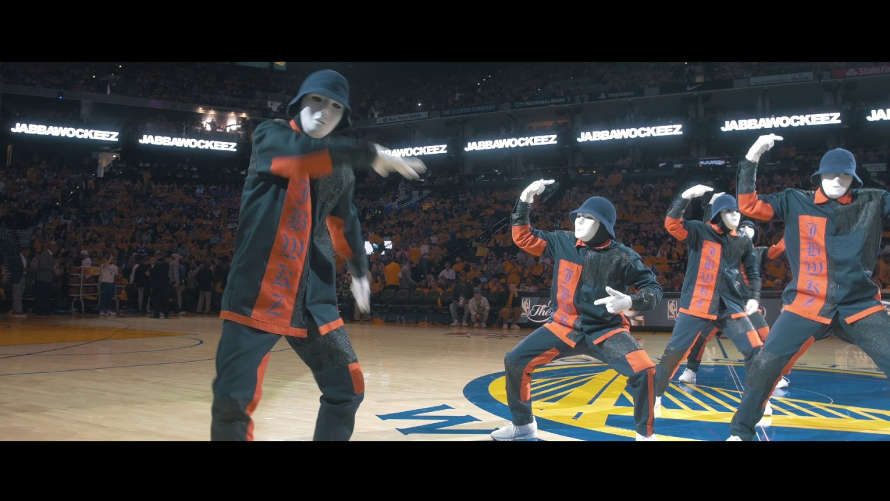 JABBAWOCKEEZ at the NBA Finals 2017 - YouTube