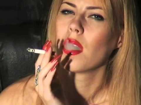 fetish-long-nail-smoking