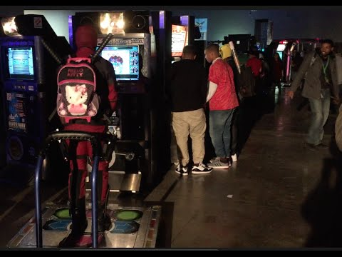 Deadpool w/Hello Kitty Pack Playing DDR   Magfest 2016 ...