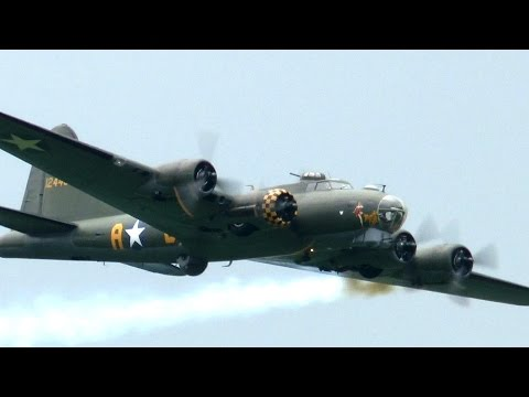 SALLY B BOEING B-17 FLYING FORTRESS: Biggin Hill 2016