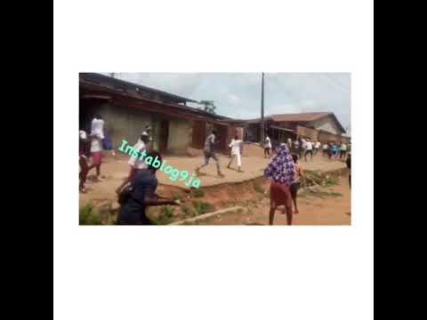 2 Schools Fight With Cutlasses & Stones Over Girlfriend In Ibadan (Watch Video)