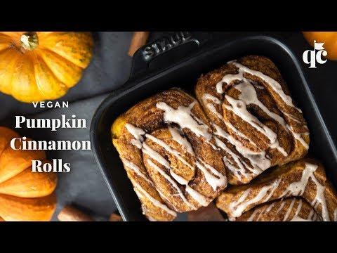 Vegan Pumpkin Cinnamon Rolls
