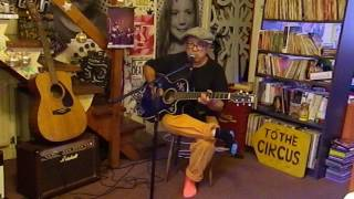 Play I'll Hold You In My Heart (Till I Can Hold You In My Arms) (With The Tennessee Plowboy And His Guitar)
