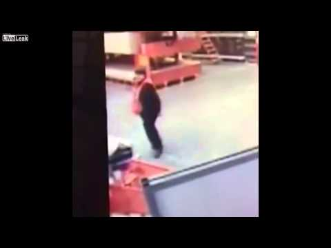 shocking!-home-depot-worker-catches-baby-falling-out-of-shopping-cart-caught-on-video