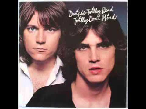 Dwight Twilley Band - Looking for the Magic