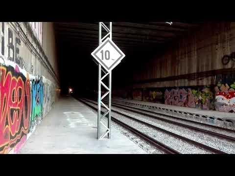 Estación abandonada de Baricentro en Barberà del Vallès...